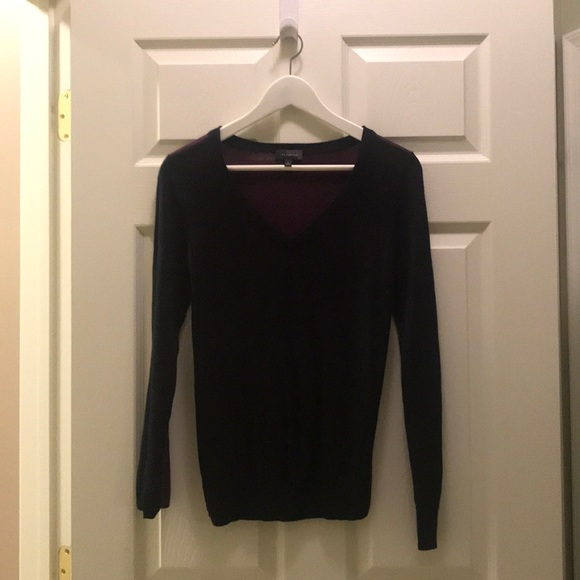 Sweaters - V-Neck Colorblock Sweater